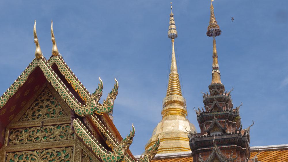 Un bout de temple à Su Thep, juste à côté de Chiang Mai.